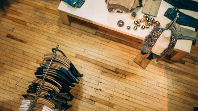 Photo de Comment les vendeurs de Saks Fifth Avenue deviennent influenceurs entre deux visites magasin