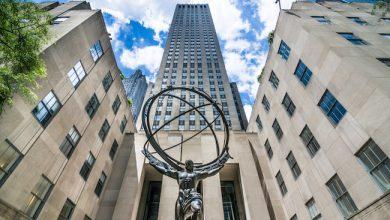 Photo de Airbnb poursuit sa stratégie dans l'hôtellerie au cœur du Rockefeller Center