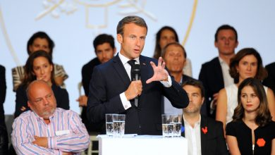 Photo de Emmanuel Macron invite une centaine de dirigeants de la French Tech à l'Elysée