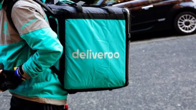 Photo de Sous la pression du coronavirus, le régulateur britannique valide l'entrée d'Amazon au capital de Deliveroo