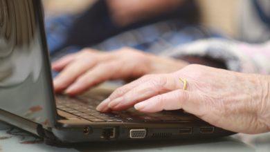 Photo de Comment éviter l'exclusion numérique des seniors pendant la pandémie