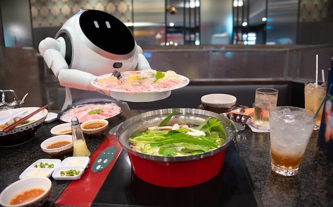 https://www.frenchweb.fr/wp-content/uploads/2021/03/robot-cuisine-.jpg